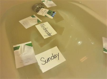 牛乳パックを使った単語カードの使い方(お風呂)